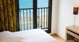 chambre d h e malo escale oceania malo 3 hotel rooms with views of the sea