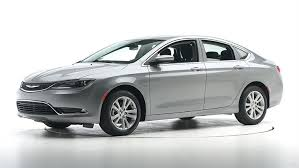 sedan 4 door 2015 chrysler 200