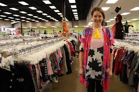 boutique halloween costumes 13 punny halloween costumes we found at goodwill including a lot