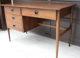 Bassett Writing Desk Mid Century Modern Surfboard Desk By Bassett Picked Vintage