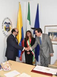 consolato colombiano la presidente ermelinda damiano inaugura il consolato onorario di