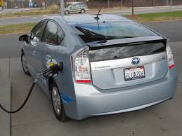toyota hybrid toyota fixes quirks on upcoming 2012 prius plug in hybrid
