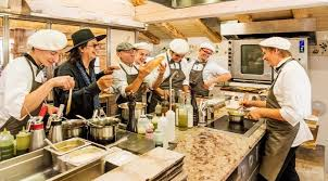 et cuisine marc veyrat marc veyrat réouverture de l établissement la maison des bois