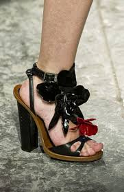 minggu fesyen musim bunga dan panas 2013 milan dirasmikan 10 tren sepatu dari milan fashion week i love fashion