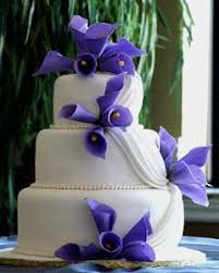 purple and white wedding stunning purple wedding cake designs