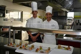 concours de cuisine alann et tehuiarii médaillés d or au concours de cuisine en australie