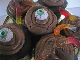 Easy Halloween Cup Cakes by Red Couch Recipes Easy And Scary Halloween Cupcakes