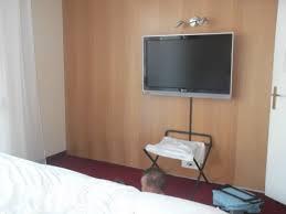 tv dans chambre tv chambre photo de clarion suites senart sud lieusaint