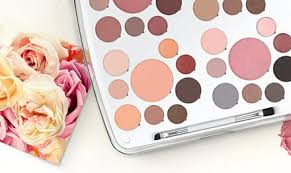 Em Makeup phan launches makeup brand em paperblog
