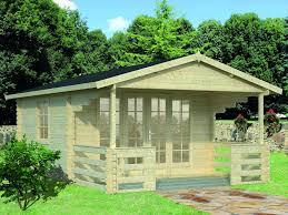 gartenhaus design flachdach modernes gartenhaus mit terrasse schnes gartenhaus aus holz mit