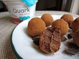 move over greek yogurt we u0027re getting quarky with elli quark
