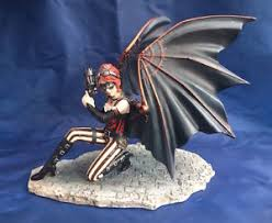 steunk assassin winged ornament stokes nemesis now new