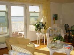 Cottages For Rent In Traverse City Mi by Vacation Lake House Rental In Traverse City Michigan Garland