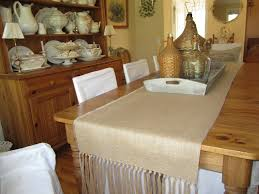 decorating awesome burlap table runner in tan theme on wooden