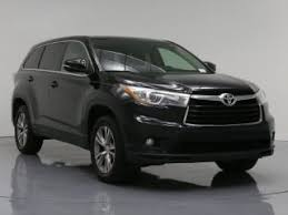used car toyota highlander used toyota highlander le plus for sale carmax