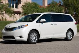 toyota car models and prices used 2014 toyota sienna minivan pricing for sale edmunds