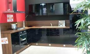 cuisine equipee but cuisine quipe noir great meuble de cuisine bas noir porte tiroir
