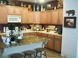 Island Kitchen Counter Kitchen Countertops Decorating Ideas Decorating Kitchen