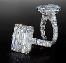emerald cut rings images Emerald cut diamond engagement rings heaven jpg