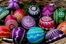 Majestic Eggs Easter Egg Decorating Kit by Natural And Homemade Diy Easter Egg Decorating Ideas To Try