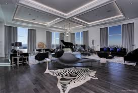 inside trumps penthouse inside the marvelous 55th floor penthouse of trump tower in toronto