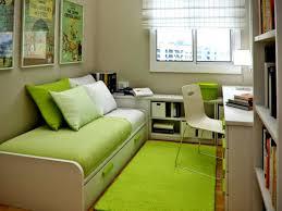 9 tips mengatur kamar tidur yang sempit desain rumah pinterest