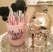Hair And Makeup Organizer Best 25 Makeup Vanity Decor Ideas On Pinterest Vanity Decor