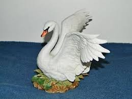 home interior masterpiece figurines homco home interiors masterpiece porcelain white swan figurine