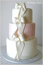vintage wedding cake stands classic wedding cakes vintage wedding cake stands uk