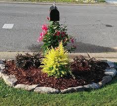 Designing Flower Beds Best 10 Mailbox Garden Ideas On Pinterest Mailbox Ideas Mail
