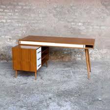bureau teck massif bureau en teck à caisson et tiroirs fabrication artisanale for