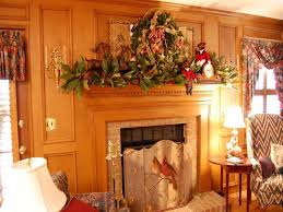 perfect christmas mantel decorations on fireplace