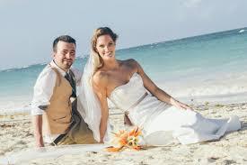 caribbean wedding attire real wedding jarrod weddingvacations