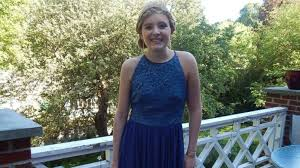 girls honor deceased friend by wearing her prom dress abc news