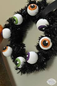 Eyeball Appetizers For Halloween by Spooky Eyeball Wreath My Suburban Kitchen