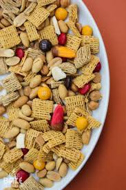 Thanksgiving Trail Mix Fall Trail Mix With Free Printable
