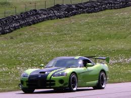 Dodge Viper Race Car - acura nsx vs dodge viper acr zero to 60 times
