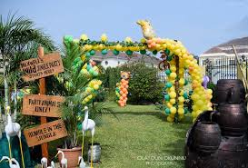 jungle themed birthday party get at a jungle birthday party home party ideas