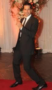 Wedding Roll Out Carpet Bipasha Karan U0027s Wedding Big B Aishwarya Shah Rukh Lead Celeb