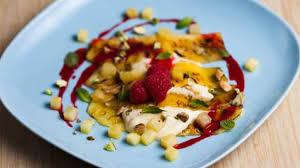 cuisiner l ananas comment cuisiner une recette de lasagne dessert à l ananas foodlavie