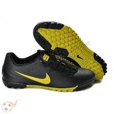 buy football boots worldwide shipping various styles vast selection nike nike nike 5 soccer boots