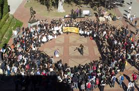 students rally in solidarity with mizzou daily trojan