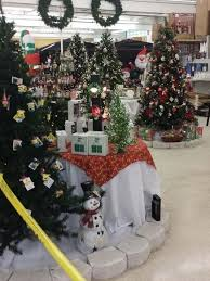 Commercial Christmas Decorations New Jersey by Christmas Decorations In Stores Yes Happening Now
