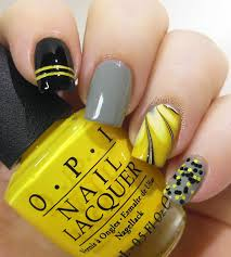 beautiful yellow manicures that are bright enough for summer