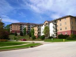 3 Bedroom Apartments In Waukesha Wi by Hillcrest Park Apartments Waukesha Wi Apartments For Rent