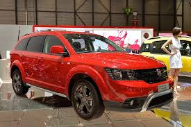 Dodge Journey Off Road - 2014 dodge journey crossroad puts on fiat badge in geneva live