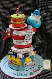 dr seuss 1st birthday dr seuss birthday cake cake by ventidesign cakes cakesdecor