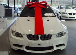 big bow for car present bmw wrapped in a bow ℬows wraps