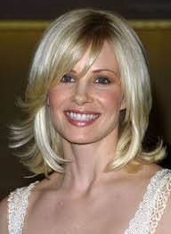 mid length blonde hairstyles medium layered blonde hairstyles beauty riot
