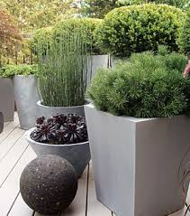 14 diy ideas for your garden decoration 1 group planters and plants